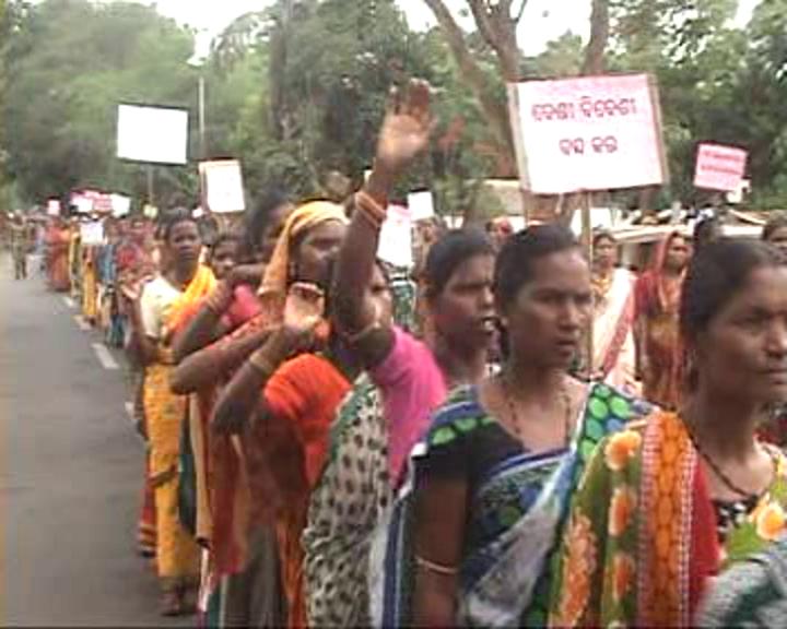 wine protest in kandhamala