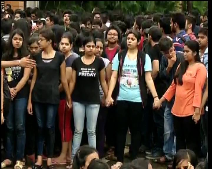 nift issue-students protest