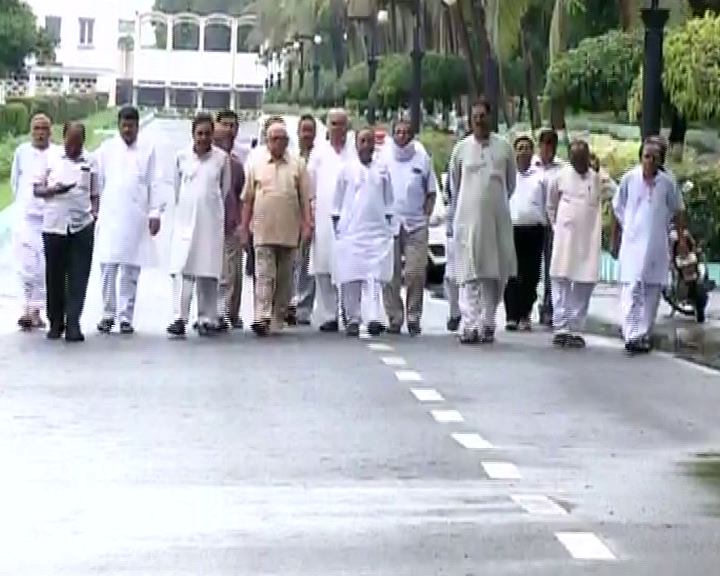mahanadi issue-all party meet governer