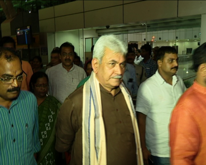 railway state minister manoj sinha in puri visit