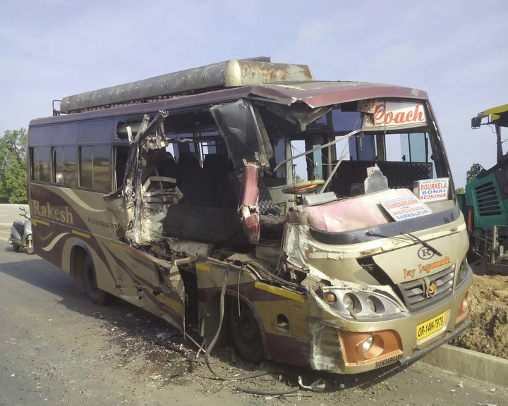 sundargarh bus accident