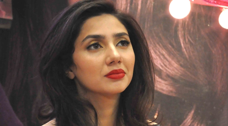 Mahira khan talking ill of india goes viral