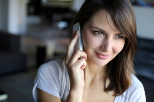 woman-talking-on-mobile-phone_oncology-news-australia