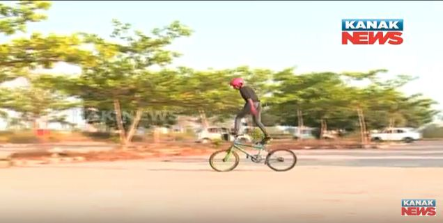 cycle stunt