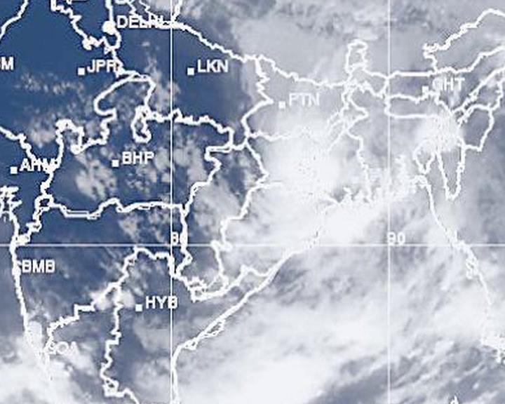 cyclone mora in bay of bengal