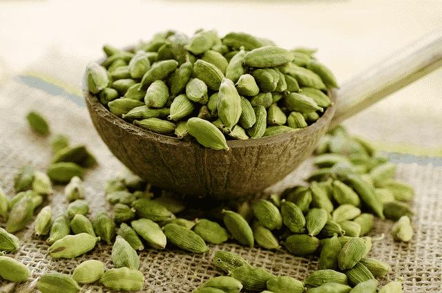 medicinal benefits od cardamom