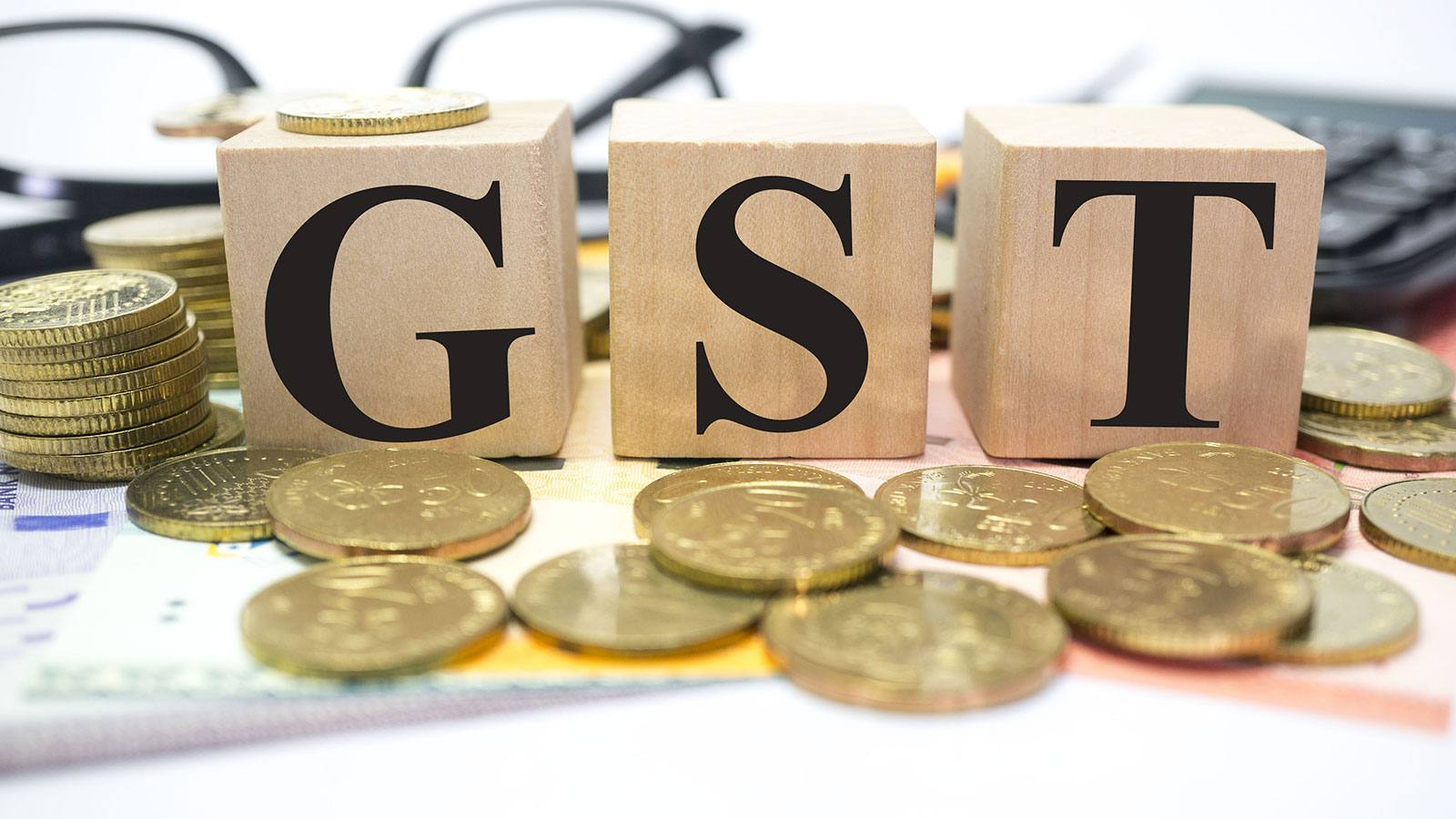 heavy-discount-is-on-offer-in-pre-gst-sale