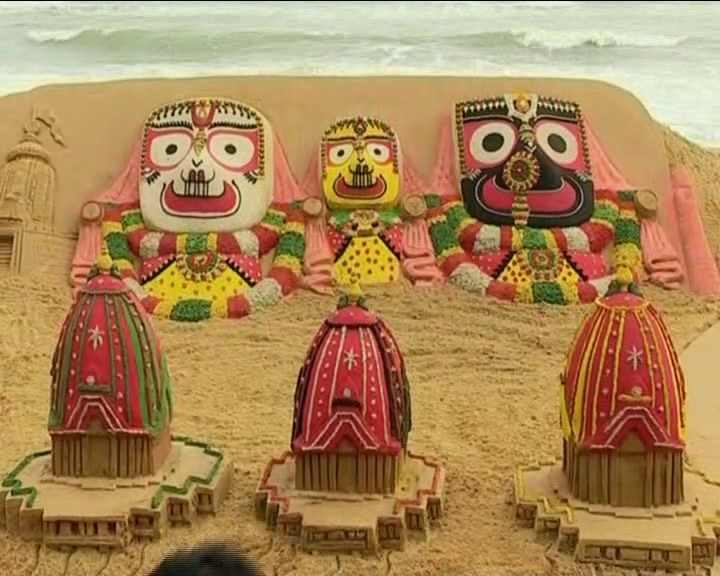 Ratha Yatra 2017: Magnificent Sand Art By Sudarsan Pattnaik In Puri