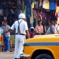 kolkata-drunken-woman-caught-for-rash-driving-starts-kissing-policema