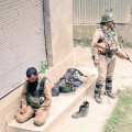jawan standing guard muslim cop-offering namaz