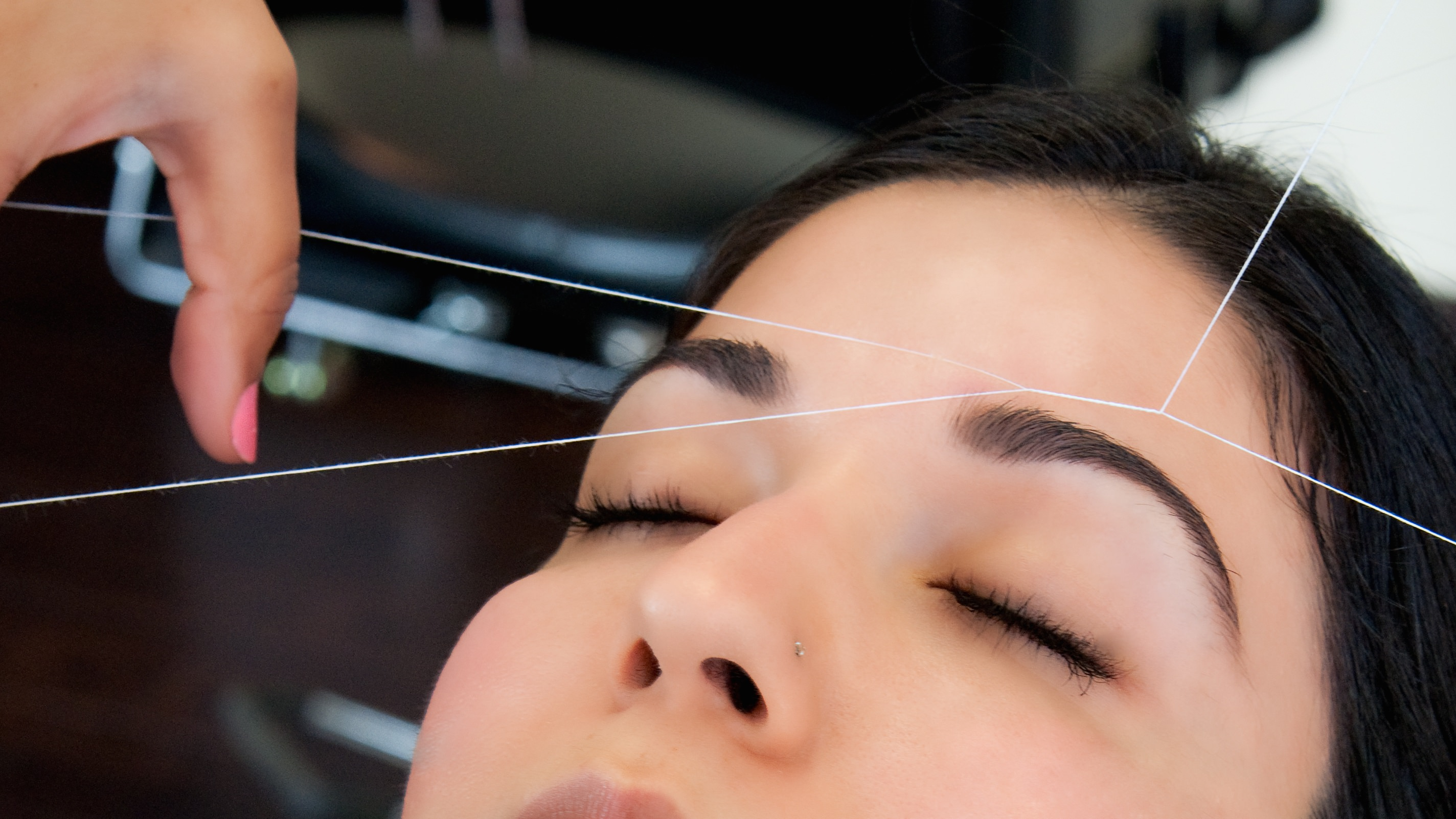 threading-eyebrows