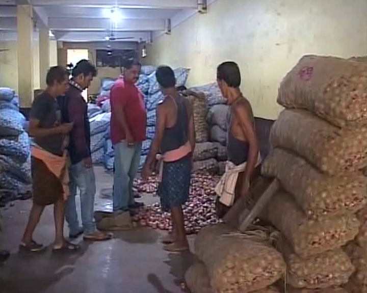 Raid At Various Traders & Stockists To Control Onion Price Hike