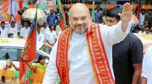 Trivandrum: BJP National President, Amit Shah arrives to pay floral tribute to great social reformer Shri Ayyankali ji's statue at Trivandrum on Saturday. PTI Photo(PTI6_3_2017_000168A)