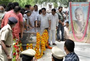 gauri-lankesh-funeral-d