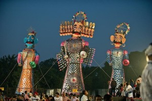 how-india-celebrates-dussehra-in-delhi