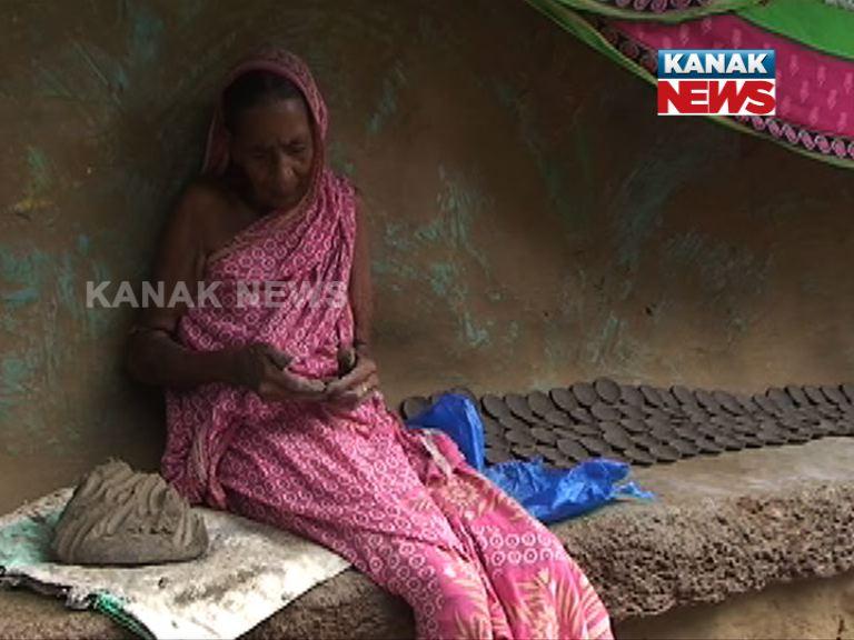 story of diya maker family
