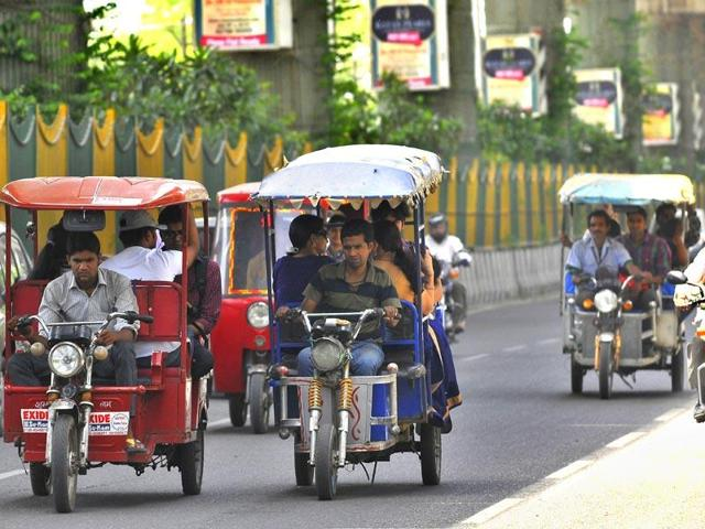 e-rickshaws_2