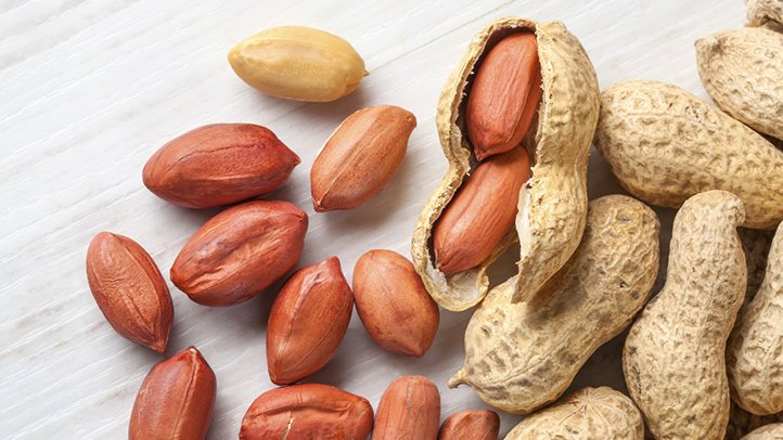 Eating-Nuts-Adds-up-to-Longer-Life-722x406 (1)