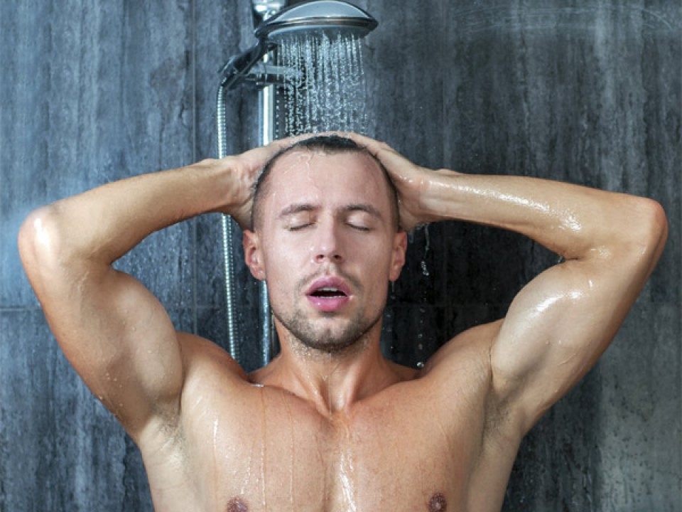 37329-kebiasaan-mandi-setiap-hari-itu-justru-salah-1