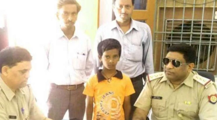 up-police-cop-sets-record-recovering-100-lost-kids