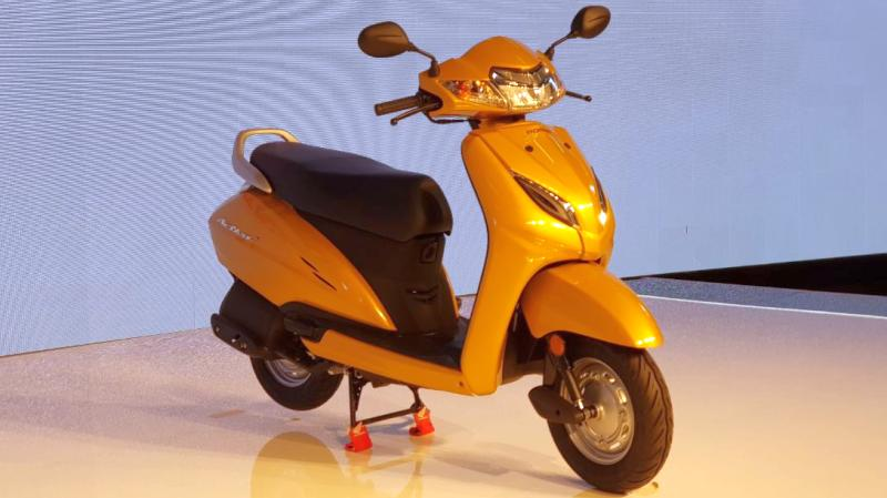 2018-Honda-Activa-5G-Automatic-Scooter-1