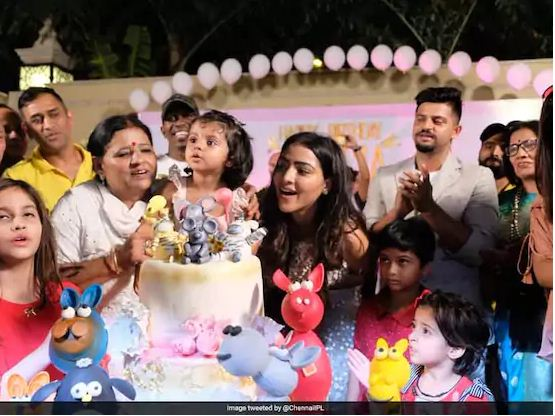 MS Dhoni, Dwayne Bravo Celebrate Suresh Raina's Daughter's Birthday