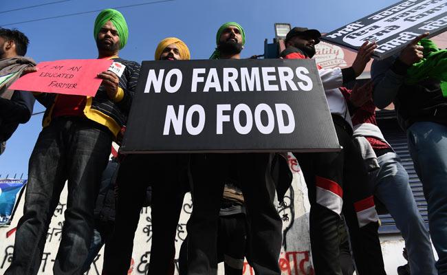 gk4de6ag_farmers-protest-afp-pic_650x400_14_December_20