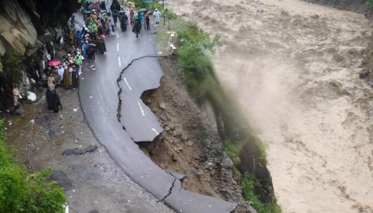 1600x960_164730-uttarakhand-floods
