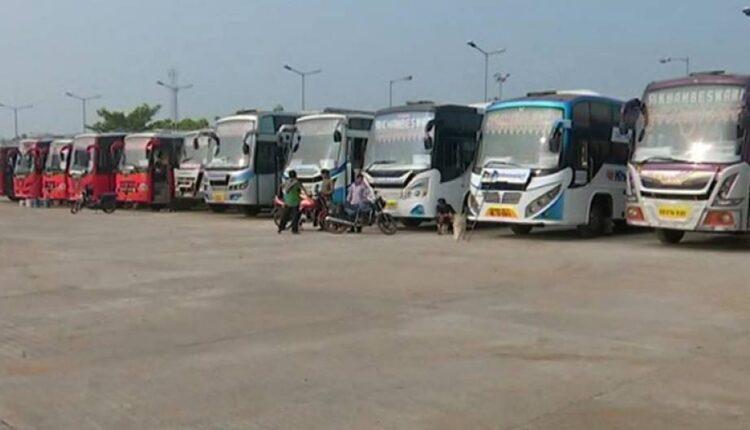 Ganjam-bus-strike_1619111207