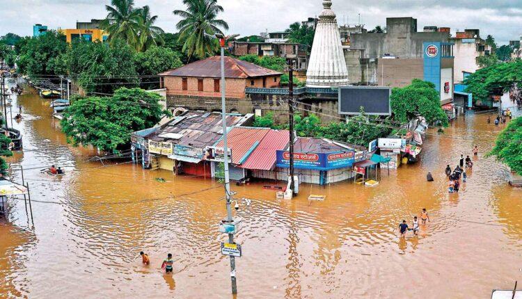 856954-sangli-flood-afp