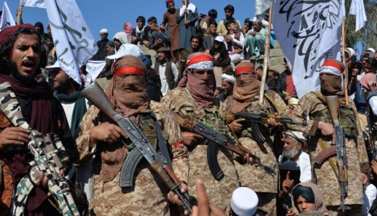 210706-taliban-weapons-mc-1056-800×600