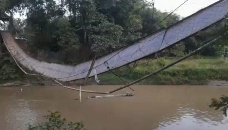 bridge_collapse_1200x768